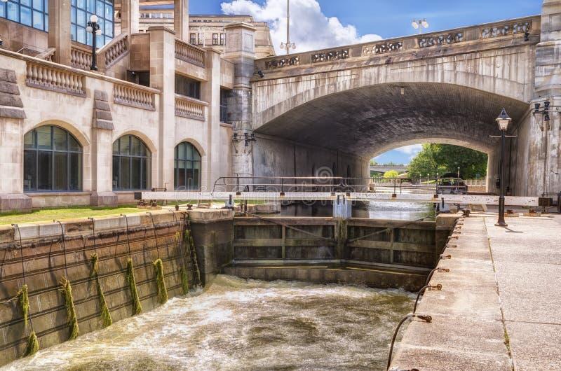 Το κανάλι Rideau στην Οττάβα στοκ φωτογραφία με δικαίωμα ελεύθερης χρήσης