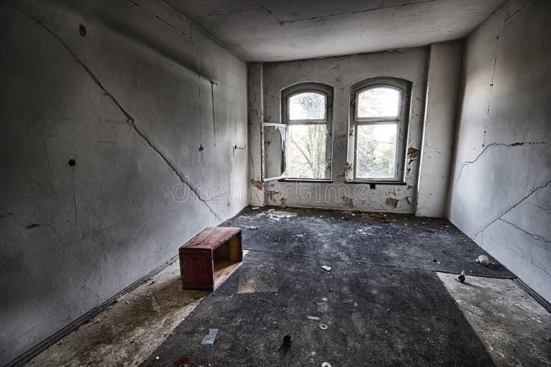 Το κατεστραμμένο δωμάτιο στοκ εικόνες με δικαίωμα ελεύθερης χρήσης