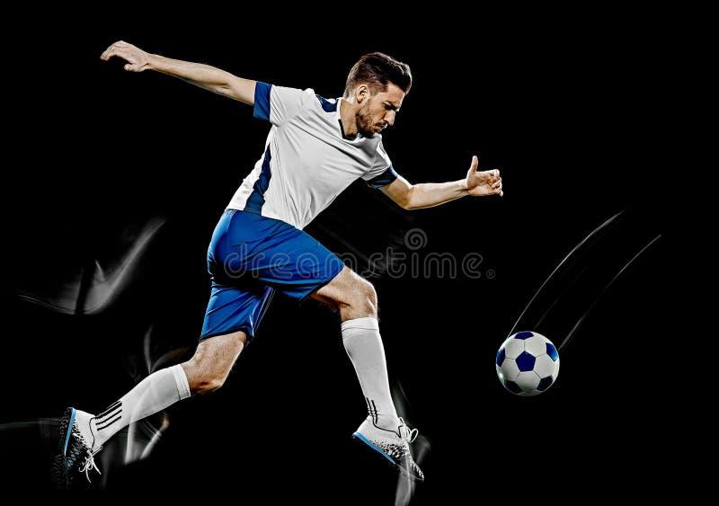 Το καυκάσιο άτομο ποδοσφαιριστών απομόνωσε τη μαύρη ελαφριά ζωγραφική υποβάθρου στοκ εικόνες