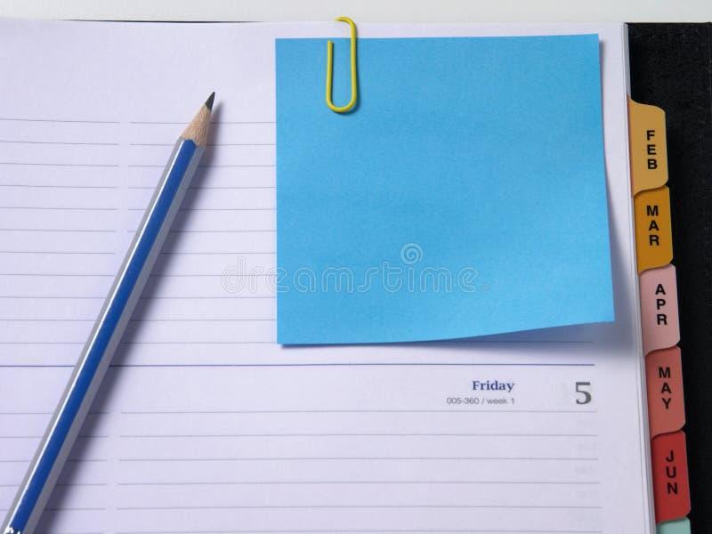 το κενό ψαλίδισε το διοργανωτή σημειώσεων στοκ φωτογραφία με δικαίωμα ελεύθερης χρήσης