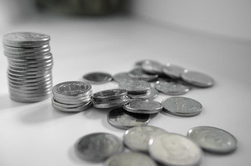 Το κλείσιμο του εθνικού ουκρανικού νομίσματος σε ανοικτό πλαίσιο Τράπεζες, οικονομικά, οικονομία, χρήματα, οικονομικά στοκ εικόνα με δικαίωμα ελεύθερης χρήσης
