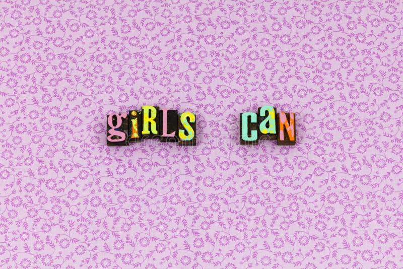 Το κορίτσι μπορεί να θεωρήσει letterpress φεμινισμού τοποθέτησης στοκ φωτογραφίες