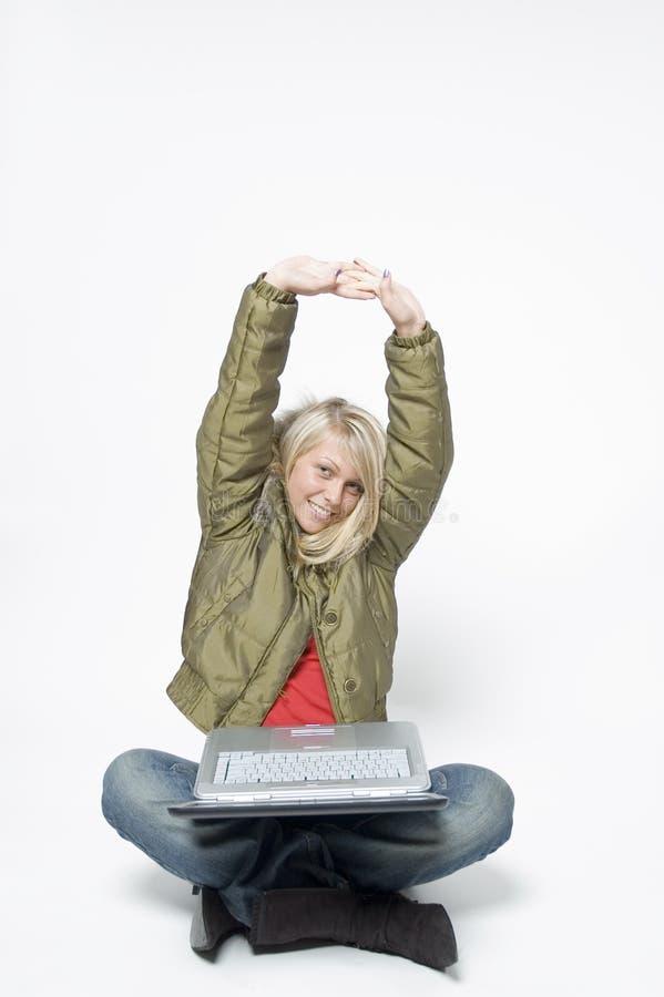 το κορίτσι χαλαρώνει το λευκό στοκ εικόνα με δικαίωμα ελεύθερης χρήσης