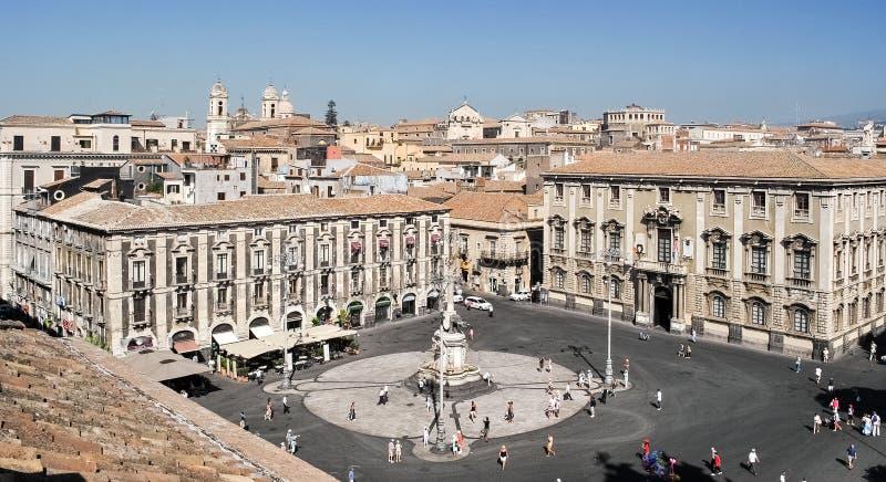 Το κύριο τετράγωνο της Κατάνια, πλατεία Duomo ` `, που βλέπει άνωθεν στοκ φωτογραφία με δικαίωμα ελεύθερης χρήσης