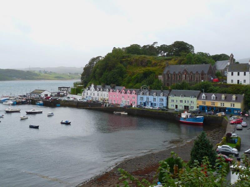 Το λιμενικό νησί Portree της Skye, Σκωτία στοκ φωτογραφίες