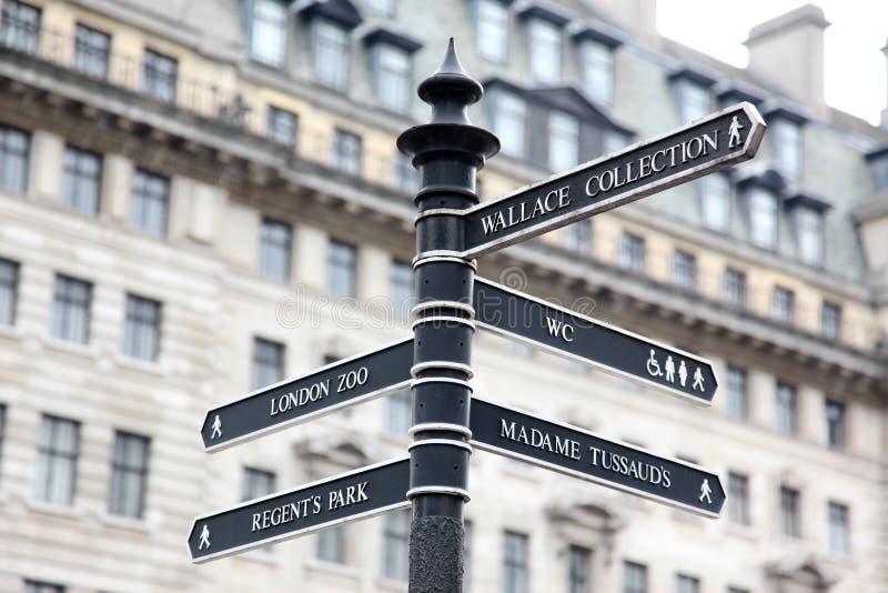 το Λονδίνο καθοδηγεί τη&n στοκ εικόνα με δικαίωμα ελεύθερης χρήσης