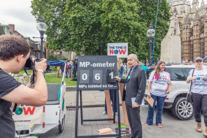 """Το Λονδίνο/το UK - 26 Ιουνίου 2019 - μέλος του Frank Field του Κοινοβουλίου στο συνασπισμό """"χρόνος κλίματος είναι τώρα """"γεγονός στοκ φωτογραφίες με δικαίωμα ελεύθερης χρήσης"""