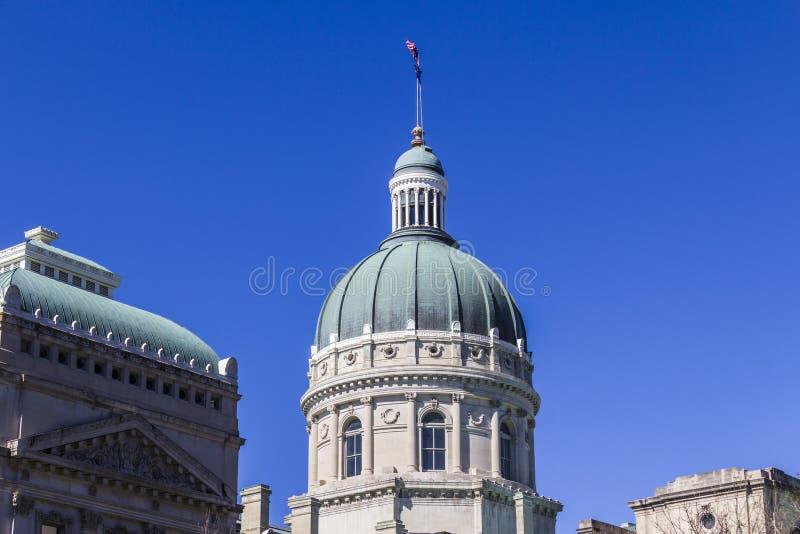 Το Μάρτιο του 2017 της Ινδιανάπολης - Circa: Ιντιάνα Βουλή και θόλος Capitol Στεγάζει τον κυβερνήτη, τη συνέλευση και το ανώτατο  στοκ εικόνα με δικαίωμα ελεύθερης χρήσης