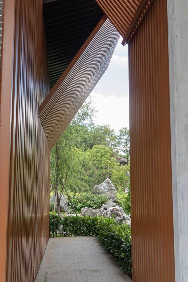 Το μέρος της ξύλινης δομής διάδρομος-οικοδόμησης στοκ φωτογραφίες με δικαίωμα ελεύθερης χρήσης