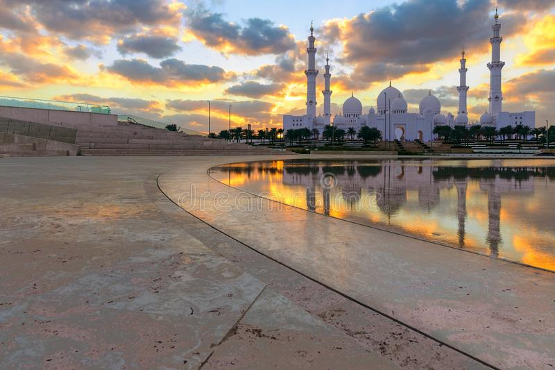 το μεγάλο μουσουλμανικό τέμενος Ε στοκ φωτογραφίες