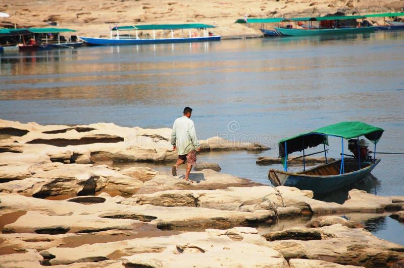 Το μεγάλο φαράγγι του Σιάμ με Mekong τον ποταμό είναι όνομα Sam Phan Bok (τρεις χιλιάες τρύπες) σε Ubon Ratchathani Ταϊλάνδη στοκ φωτογραφίες