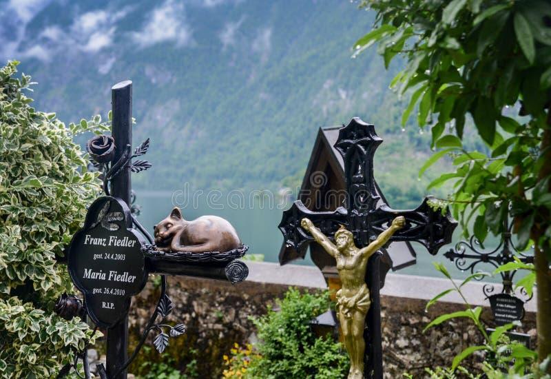Το μεσαιωνικό νεκροταφείο στο χωριό Hallstatt, Αυστρία στοκ φωτογραφία με δικαίωμα ελεύθερης χρήσης