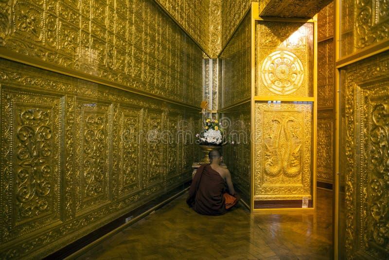 Το Μιανμάρ - παγόδα Yangon - Botahtaung στοκ φωτογραφίες με δικαίωμα ελεύθερης χρήσης