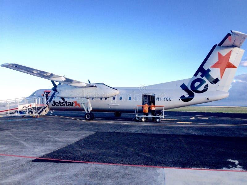 Το μικρό εσωτερικό αεροπλάνο αεροσκαφών airbus Jetstar A320 προσγειώθηκε το νέο Πλύμουθ, Νέα Ζηλανδία στοκ φωτογραφία