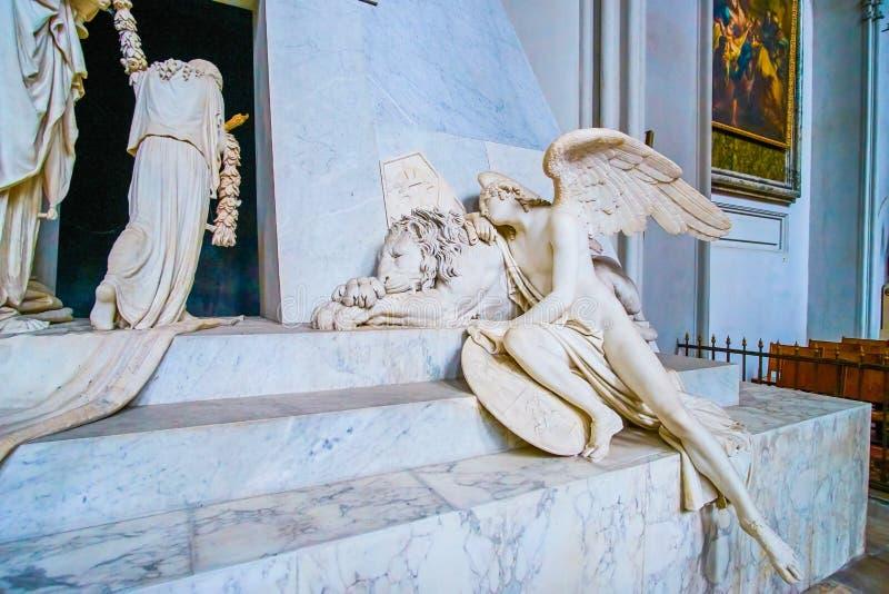 Το μνημείο πετρών στην Αυγουστινιανική εκκλησία στη Βιέννη, Αυστρία στοκ εικόνα