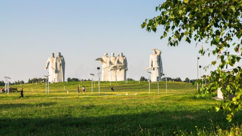 Το μνημείο των λαμπρών ηρώων του τμήματος Panfilov, νικημένοι φασίστες στη Μόσχα μάχεται, Dubosekovo, περιοχή της Μόσχας, της Ρωσ στοκ φωτογραφία με δικαίωμα ελεύθερης χρήσης