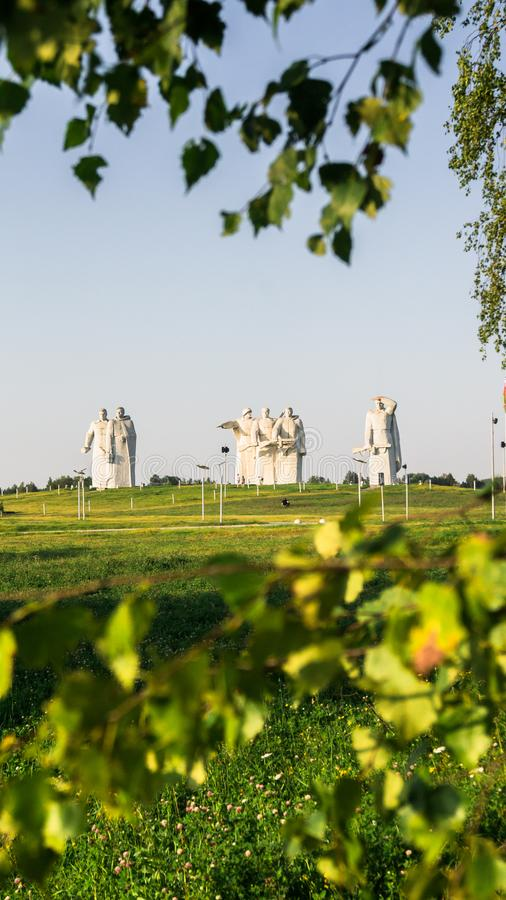 Το μνημείο των λαμπρών ηρώων του τμήματος Panfilov, νικημένοι φασίστες στη Μόσχα μάχεται, Dubosekovo, περιοχή της Μόσχας, της Ρωσ στοκ εικόνες