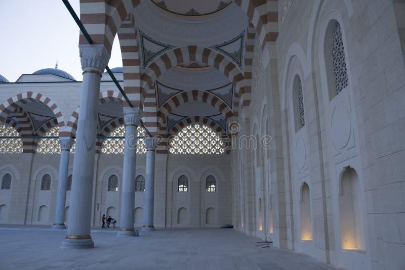 Το μουσουλμανικό τέμενος Camlica έχει τη διάκριση της ύπαρξης το μεγαλύτερο μουσουλμανικό τέμενος στοκ φωτογραφία