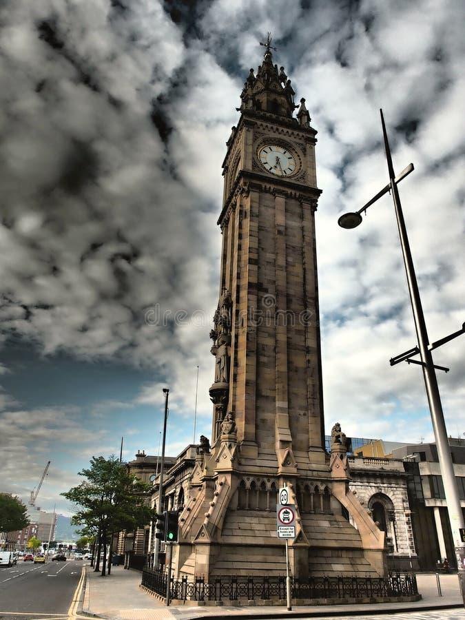 Το Μπέλφαστ είναι πόλη στο Ηνωμένο Βασίλειο και πρωτεύουσα της Βόρειας Ιρλανδίας Το Δουβλίνο είναι το δεύτερο - μεγαλύτερη πόλη σ στοκ φωτογραφίες