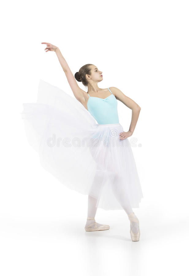 Το νέο χαμογελώντας κορίτσι είναι μπαλέτο χορού στοκ φωτογραφίες με δικαίωμα ελεύθερης χρήσης