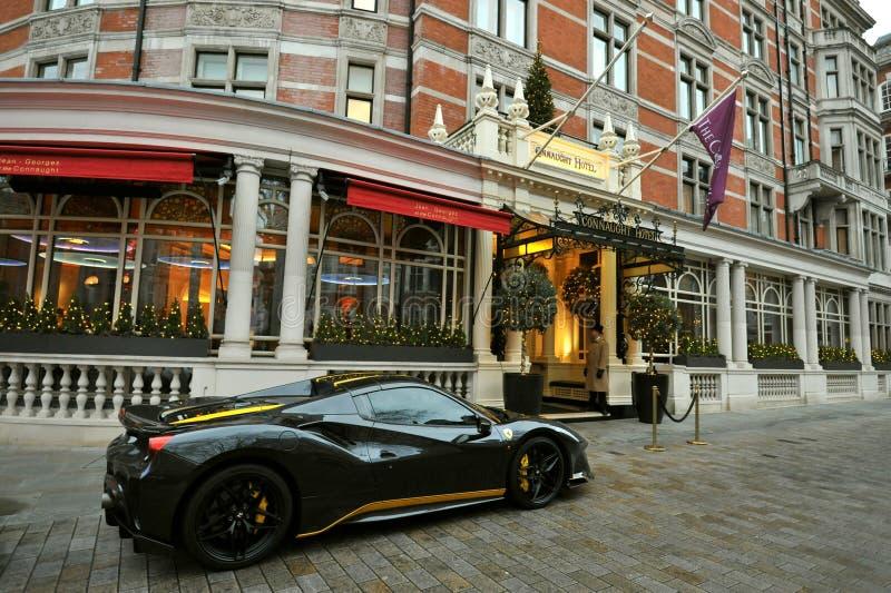 Το ξενοδοχείο Connaught είναι ένα πολυτελές ξενοδοχείο πέντε αστέρων, που βρίσκεται στη γωνία του Carlos Place και της οδού Mount στοκ φωτογραφίες