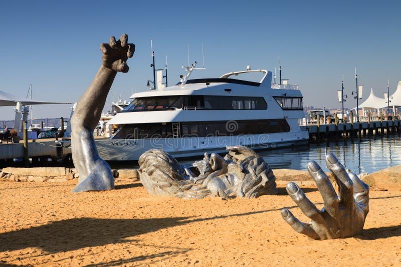 Το ξυπνώντας εθνικό λιμάνι της Ουάσιγκτον γλυπτών στοκ φωτογραφία με δικαίωμα ελεύθερης χρήσης
