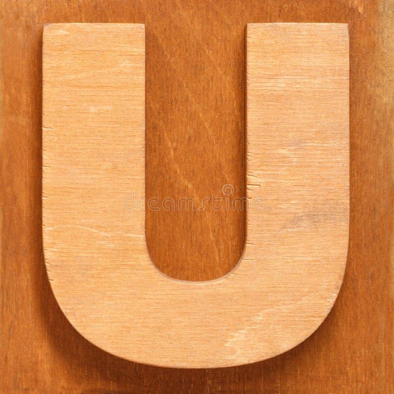 Το ξύλινο U επιστολών στοκ φωτογραφία με δικαίωμα ελεύθερης χρήσης