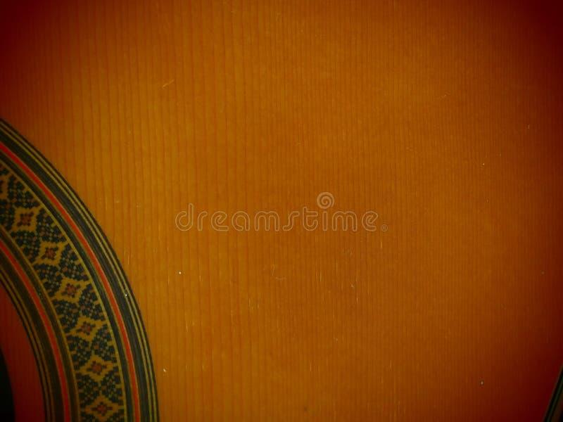 Το ξύλο κλασικού αναδρομικού ομαλού βαθιού κιθάρων αισθάνεται το χρώμα στοκ εικόνα