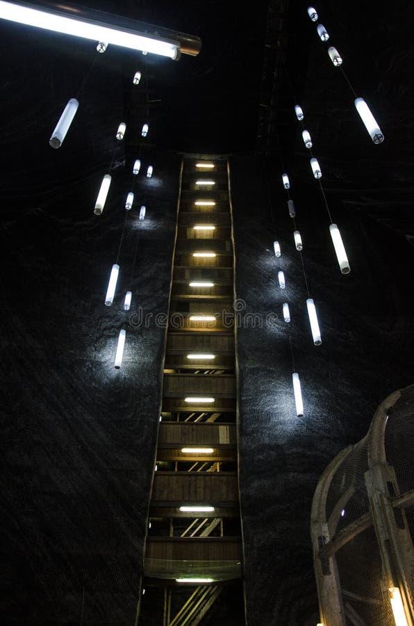 Το ορυχείο αλατιού Σαλίνα Turda, δημοφιλές τουριστικό αξιοθέατο στη Ρουμανία στοκ εικόνα
