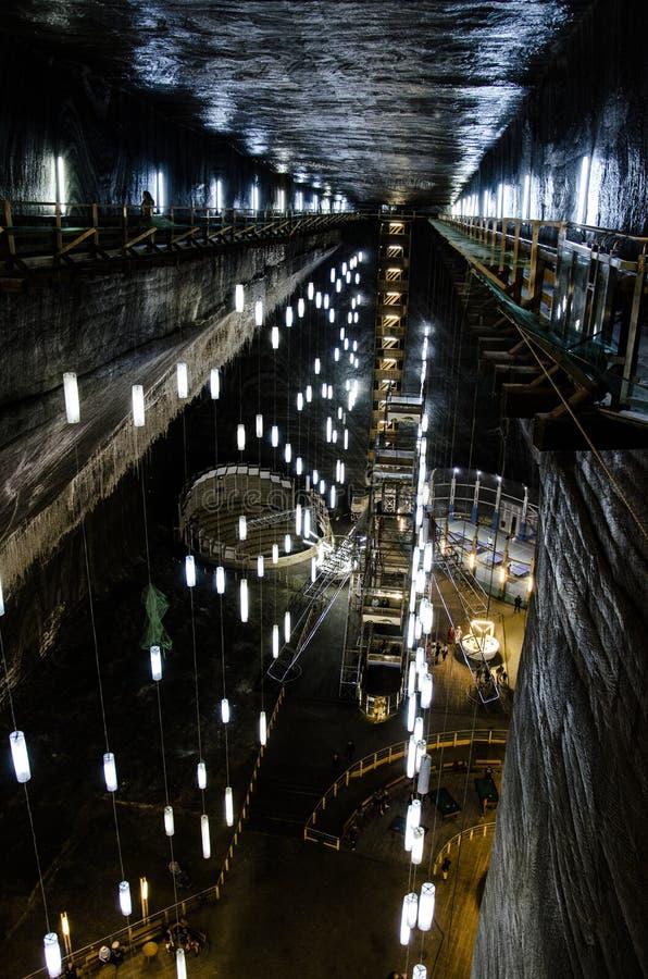 Το ορυχείο αλατιού Σαλίνα Turda, δημοφιλές τουριστικό αξιοθέατο στη Ρουμανία στοκ εικόνες
