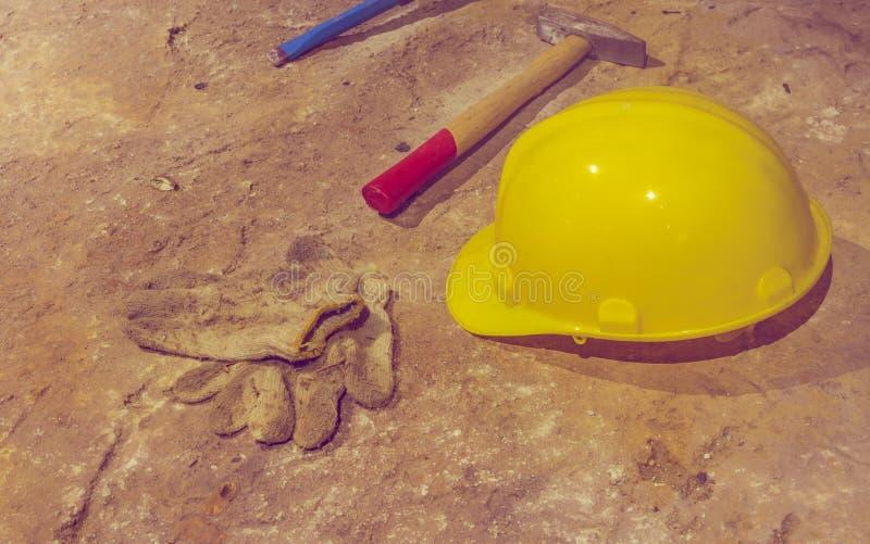 το ορυχείο εξερευνά τα εργαλεία στοκ εικόνες