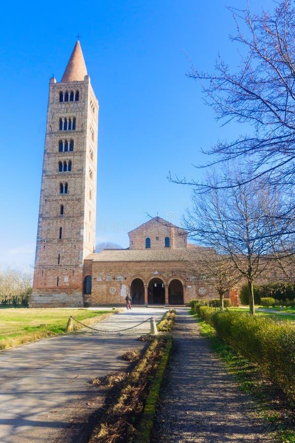 το 9ο αβαείων σημαντικό Ιταλία παραδείγματος αρχιτεκτονικής χτισμένο benedictine διευρυμένο αιώνας πιό πρόσφατο μοναστήρι της φερ στοκ φωτογραφία