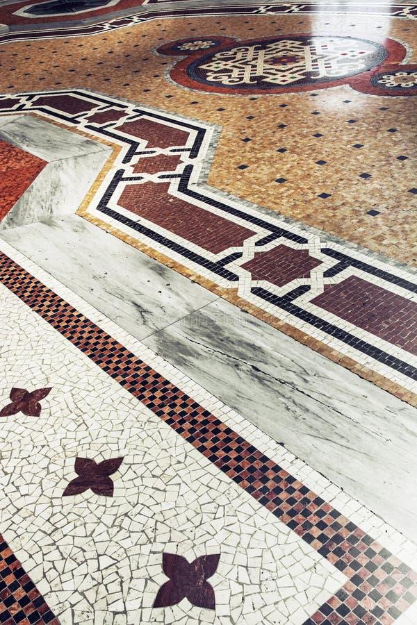 Το πάτωμα σε Galleria Vittorio Emanuele ΙΙ στο Μιλάνο, Ιταλία στοκ φωτογραφίες