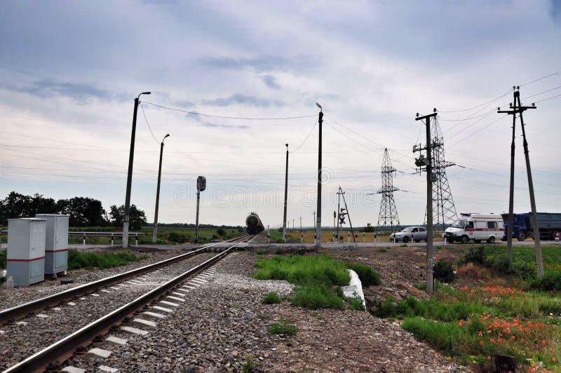 Το πέρασμα σιδηροδρόμων σιδηρόδρομος στοκ φωτογραφία με δικαίωμα ελεύθερης χρήσης