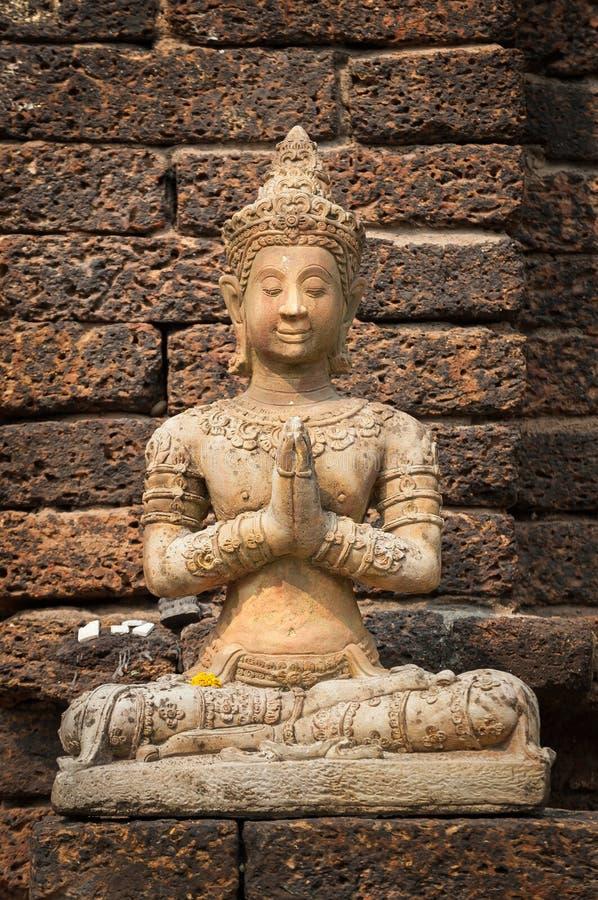 Το πέτρινο άγαλμα του Βούδα που κάθεται στην προσευχή θέτει σε Wat αεριωθούμενο Yod, Chiang Mai, Ταϊλάνδη στοκ φωτογραφία με δικαίωμα ελεύθερης χρήσης