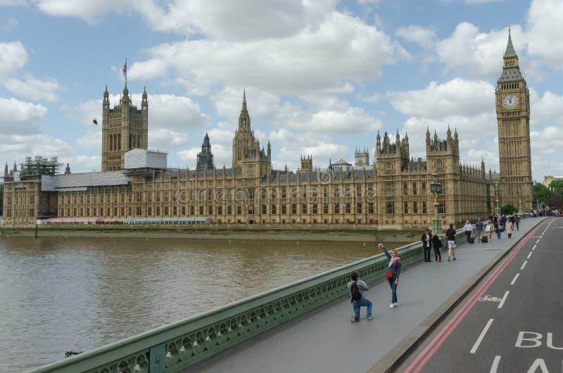 Το παλάτι του Γουέστμινστερ, σπίτια του Κοινοβουλίου, το βρετανικό Κοινοβούλιο Ηνωμένο Βασίλειο, Λονδίνο στοκ φωτογραφία με δικαίωμα ελεύθερης χρήσης