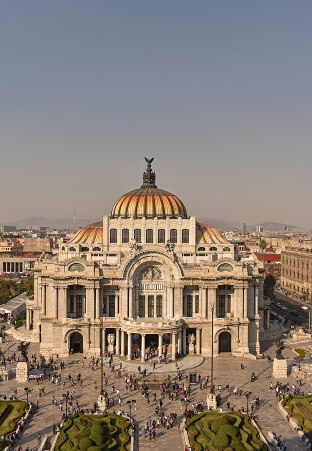 Το παλάτι των Καλών Τεχνών στην Πόλη του Μεξικού στοκ εικόνα