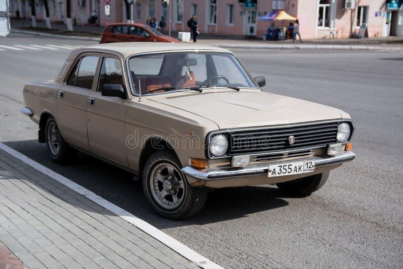 Το παλαιό σοβιετικός-γίνοντα GAZ 24 στοκ φωτογραφία