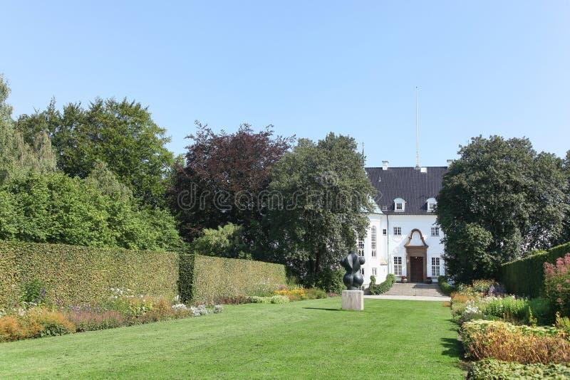 Το παλάτι Marselisborg είναι μια βασιλική κατοικία της δανικής βασιλικής οικογένειας στο Ώρχους, Δανία στοκ εικόνες