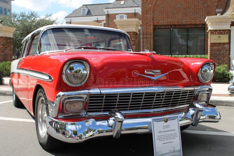 Το παλαιό αυτοκίνητο νομάδων Chevrolet στο αυτοκίνητο παρουσιάζει στοκ φωτογραφία με δικαίωμα ελεύθερης χρήσης
