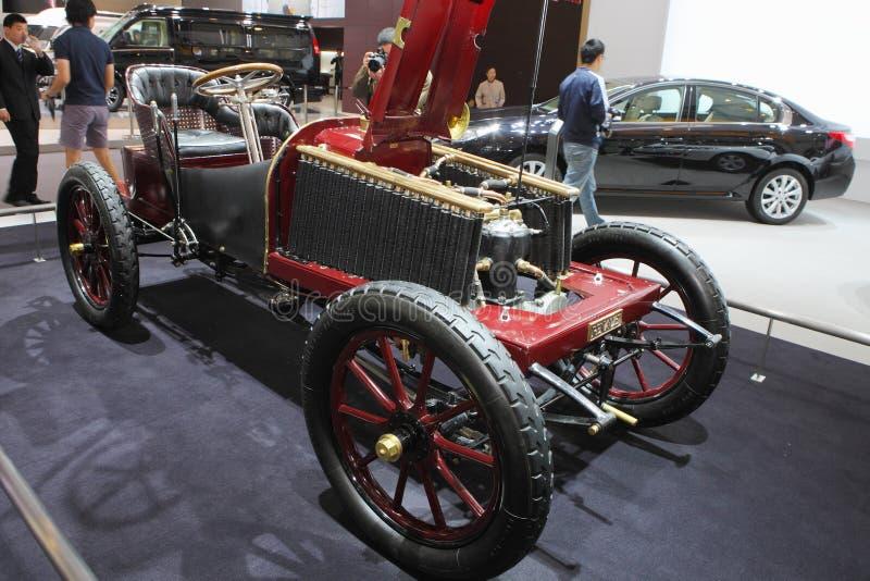 Το παλαιό αυτοκίνητο παρουσιάζει στοκ φωτογραφία με δικαίωμα ελεύθερης χρήσης