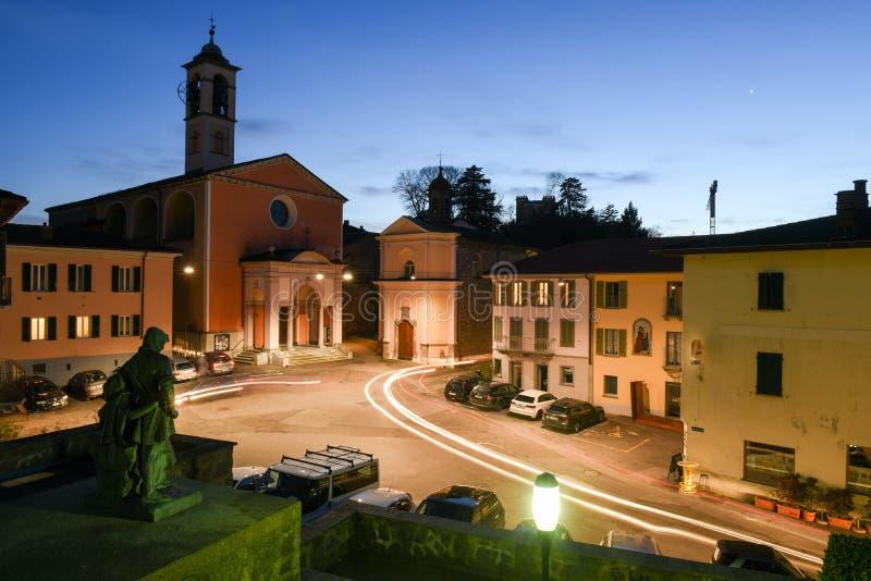 Το παλαιό κεντρικό τετράγωνο Stabio στην Ελβετία στοκ φωτογραφίες