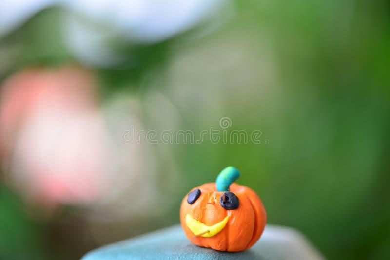 Το πορτοκάλι η κολοκύθα με την καρφίτσα στοκ εικόνες