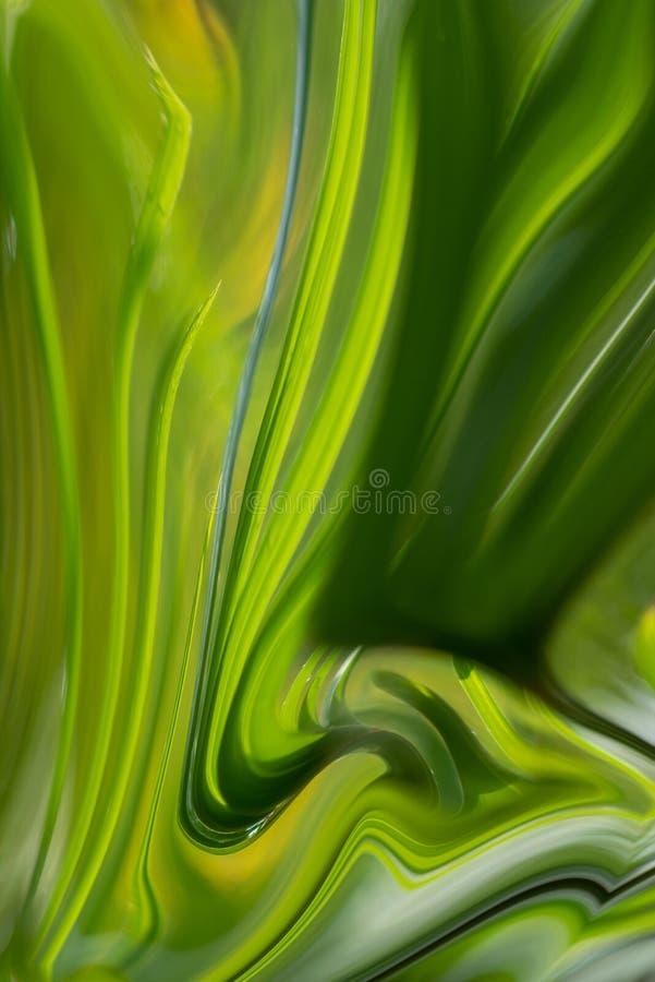 Το πράσινο υγρό φύλλων κυμάτισε τη μορφή κυμάτων ελαιοχρωμάτων, φωτεινότητα που κυμάνθηκε από την ελαφρότητα ως τους τόνους σκοτα στοκ εικόνα με δικαίωμα ελεύθερης χρήσης