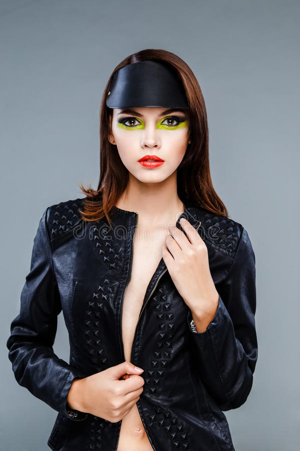 Το πρότυπο πρόσωπο με φωτεινό αποτελεί στοκ φωτογραφία με δικαίωμα ελεύθερης χρήσης