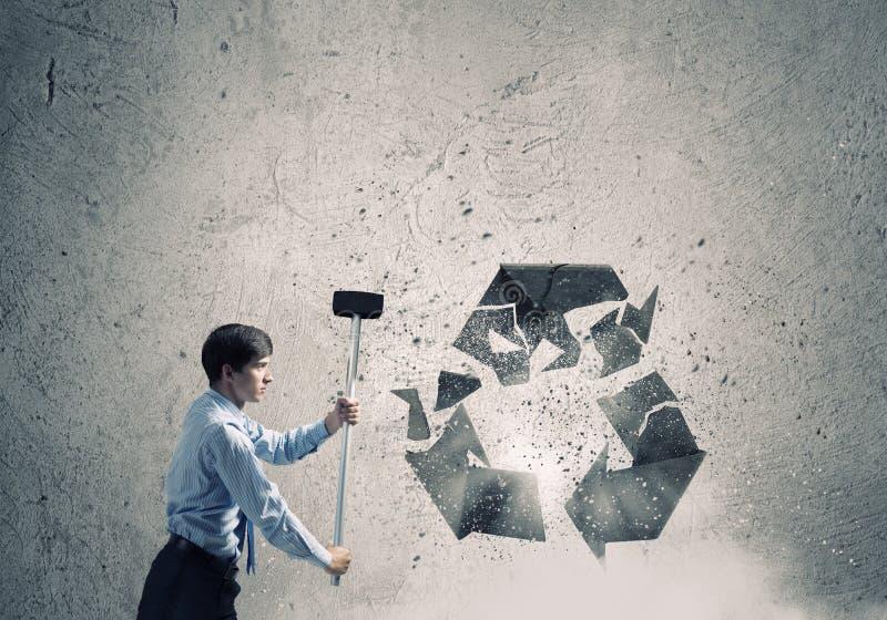 το πλαστικό ανακύκλωσης σχοινί έννοιας μπουκαλιών έδεσε το ύδωρ σπάγγου στοκ εικόνες