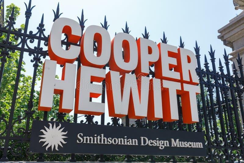 Το σημάδι του Cooper Hewitt, σμιθσονιτικό μουσείο σχεδίου στοκ φωτογραφία με δικαίωμα ελεύθερης χρήσης