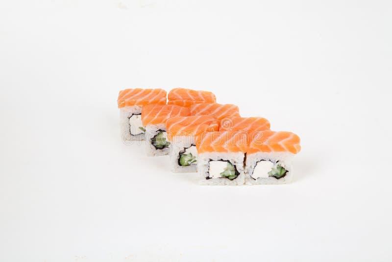 Το σούσι κυλά το ιαπωνικό ρύζι ψαριών εστιατορίων τροφίμων στοκ εικόνα με δικαίωμα ελεύθερης χρήσης