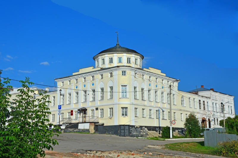 Το σπίτι των εμπόρων Alyanchikov στο τετράγωνο καθεδρικών ναών στην πόλη Kasimov, Ρωσία στοκ φωτογραφία με δικαίωμα ελεύθερης χρήσης