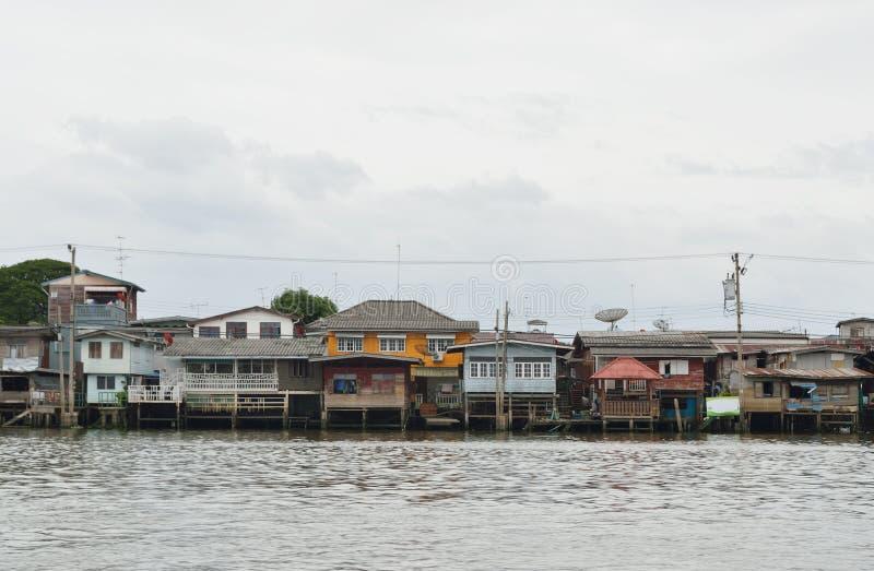 Το σπίτι riverfront στη Μπανγκόκ στοκ εικόνες με δικαίωμα ελεύθερης χρήσης